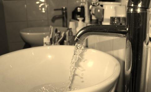 Recherche de fuite salle de bains Libourne - fluorescéine
